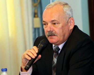 Депутат Заксобрания Севастополя Евгений Дубовик хочет получать зарплату