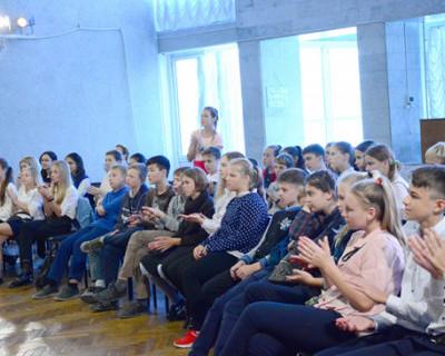 Во Дворце культуры рыбаков состоялась литературно-музыкальная встреча, посвященная празднику «Белых журавлей»