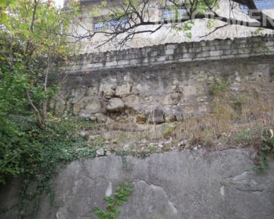 Когда в Севастополе отремонтируют подпорную стену на улице Гоголя?