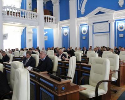 В Заксобрании Севастополя обсудили проект трехлетнего бюджета