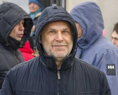 Телеграм-канал «Кремлевский безбашенник»: А. Чалый «давит» на новую команду правительства Севастополя, пытаясь её «настроить» под себя