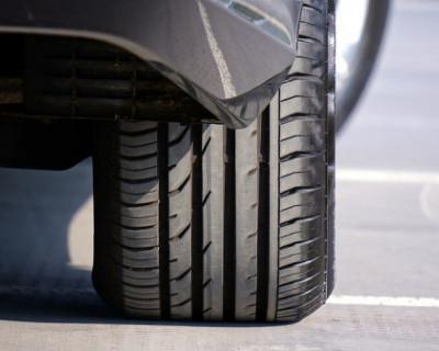 ДТП в Крыму: водитель умер под колёсами своего авто