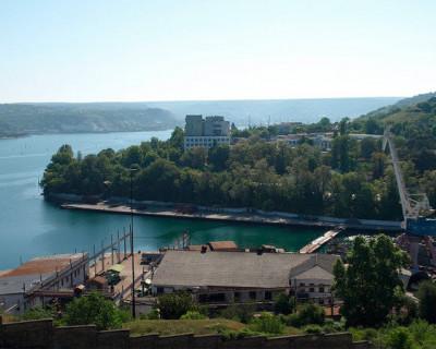В Севастополе реконструируют пассажирский причал