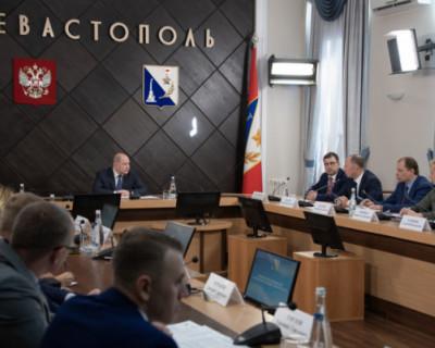 Врио губернатора Севастополя поручил чиновникам активнее реагировать на жалобы горожан в соцсетях