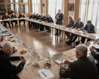 Мыс Хрустальный: врио губернатора и Совет высших офицеров