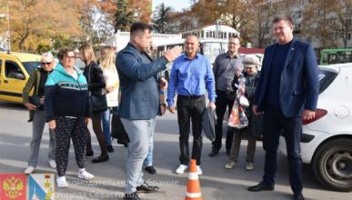 «Севастопольские рабы» снова возмутили спокойствие Кирпичникова и депутатов Заксобрания