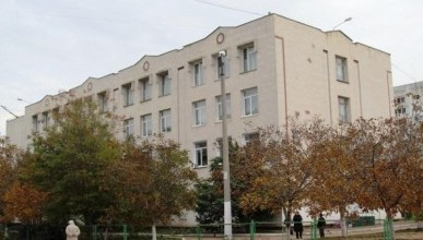 Вопрос с директором севастопольской школы № 61 решён