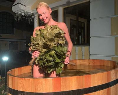 Волочкова снялась в бане