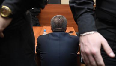 Скорость воровства денег возмущает россиян