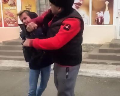 В Евпатории напали на журналистов телеканала Крым-24