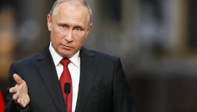 Путин назвал чушью повышения стоимости медсправок для водителей