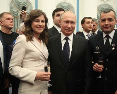 За что и кого президент РФ наградил россиян?