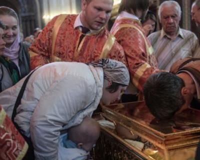 Вместо квалифицированного лечения севастопольских больных отправляют на поклонение мощам