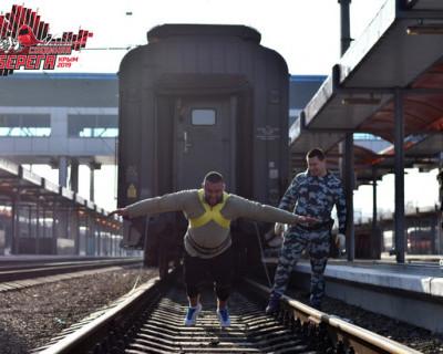Как на полуострове российские силачи готовятся к открытию железнодорожной части Крымского моста