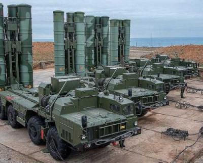 Военные ракетчики России познакомили севастопольцев с образчиками современного вооружения