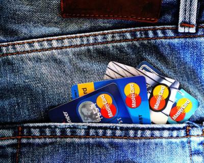 В Севастополе мошенники действуют под видом сотрудников службы безопасности банка