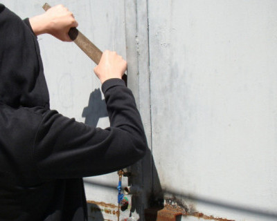 Севастополец украл со склада сигареты на 60 тысяч рублей