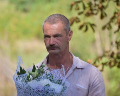 Севастопольский депутат Горелов знает место в крымском лесу, где растут березы, но не назовет его...