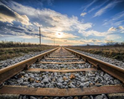 Перевозчик показал внешнее оформление поездов в Крым (ВИДЕО)