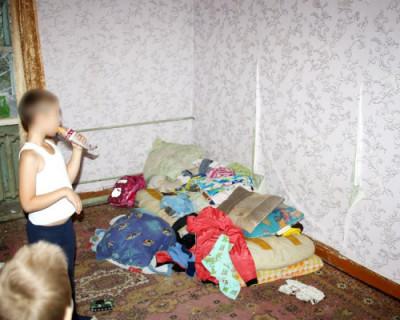 Российские полицейские будут временно изымать детей из семьи