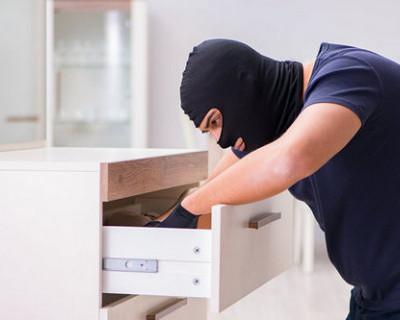 Вор-рецидивист пытался завладеть сейфом в гостинице в Балаклаве