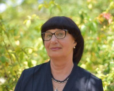 Татьяна Сандулова: «Под бой курантов и звон бокалов, по-детски ожидая нового счастья, мы делаем шаг в будущее»