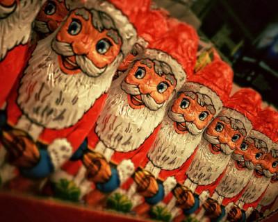 В России не стали расписывать Дед Мороза и Снегурочку