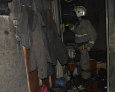 Севастопольские спасатели ликвидировали пожар в многоквартирном доме