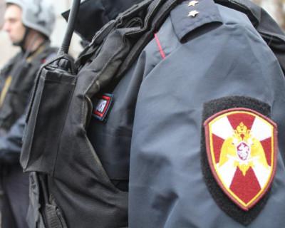 На охраняемую территорию севастопольского детского дома проник мужчина с ножом