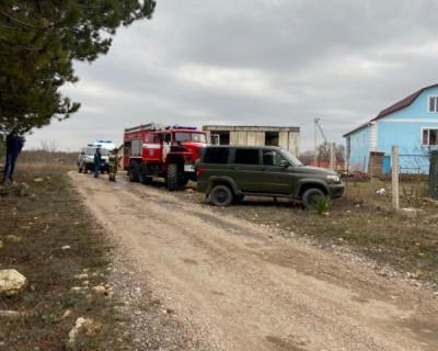 Спасатели Севастополя вынесли ребёнка из горящего дома (ФОТО)