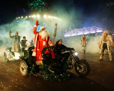 Новогодние ёлки от «Ночных волков» (ФОТО, ВИДЕО)