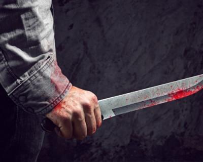 Пассажир крымского поезда напал с ножом на своих попутчиков
