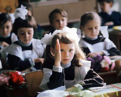 В России вводятся пособия на детей от 3 до 7 лет и бесплатные горячие обеды для младшеклассников