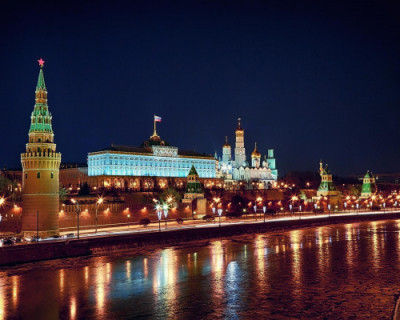 Политики и политологи обсуждают бескровную революцию в России