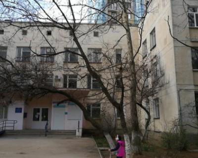 В Севастополе взялись за ремонт поликлиники на улице Ерошенко