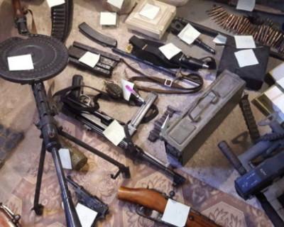 Что хранили в своих гаражах жители Севастополя