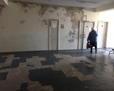 В Крыму забор оказался важнее людей (ФОТО)