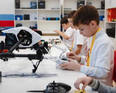 К 2024 году почти половина школьников Севастополя будет заниматься по программам «Кванториума»