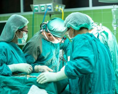 В Севастополе начнут делать сложные операции