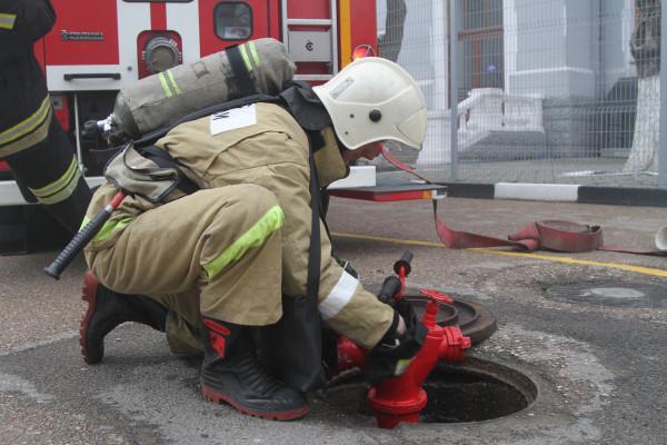 В Севастополе на железнодорожном вокзале тушили пожар