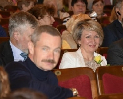 Севастопольские депутаты в день тратят около 5 тысяч рублей на цветы?