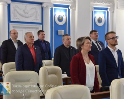 Депутатам Заксобрания предстоит закрепить границы между Севастополем и Крымом. Все ли проголосуют? Интрига!