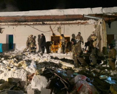 В Новосибирске обрушилась крыша кафе (ФОТО)