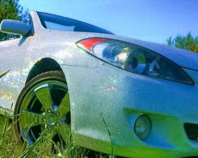 Севастополец продает Toyota Camry Solara в стразах