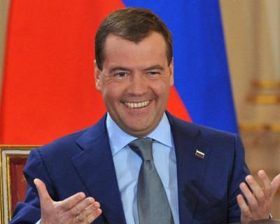 Telegram-канал «Незыгарь»: Покинет ли место председателя «Единой России» Дмитрий Медведев после майских праздников?