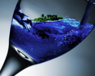 Крым пьёт и моется дальше