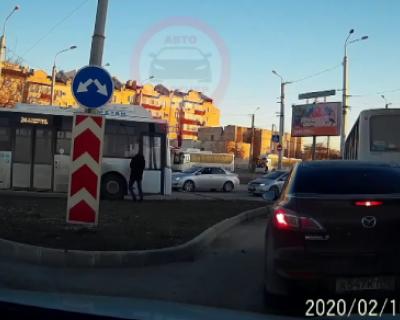 В Севастополе автобус уехал без водителя