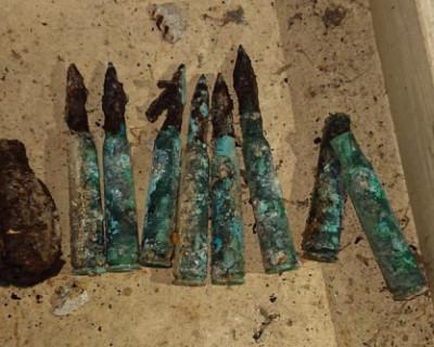 В подвале севастопольского дома нашли гранату и патроны