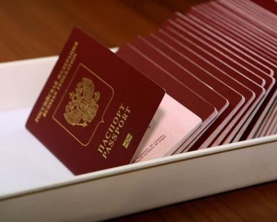 Пока вы читаете эту новость, в Севастополе появляется 40 туристов желающих увидеть мир