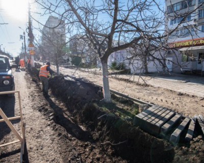 Врио губернатора Севастополя потребовал навести порядок на проспекте Победы
